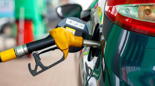 Diesel-Kraftstoff an einer Tankstelle