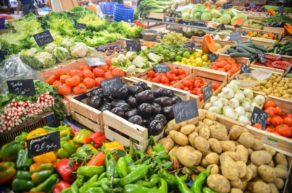 Kein Lebensmittel-Discounter-Gemüseabteilung