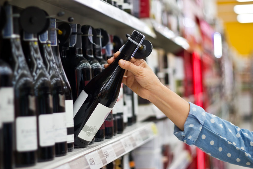 Almost always a wine from the middle price range is chosen. Only rarely is the most expensive or the cheapest wine bought.