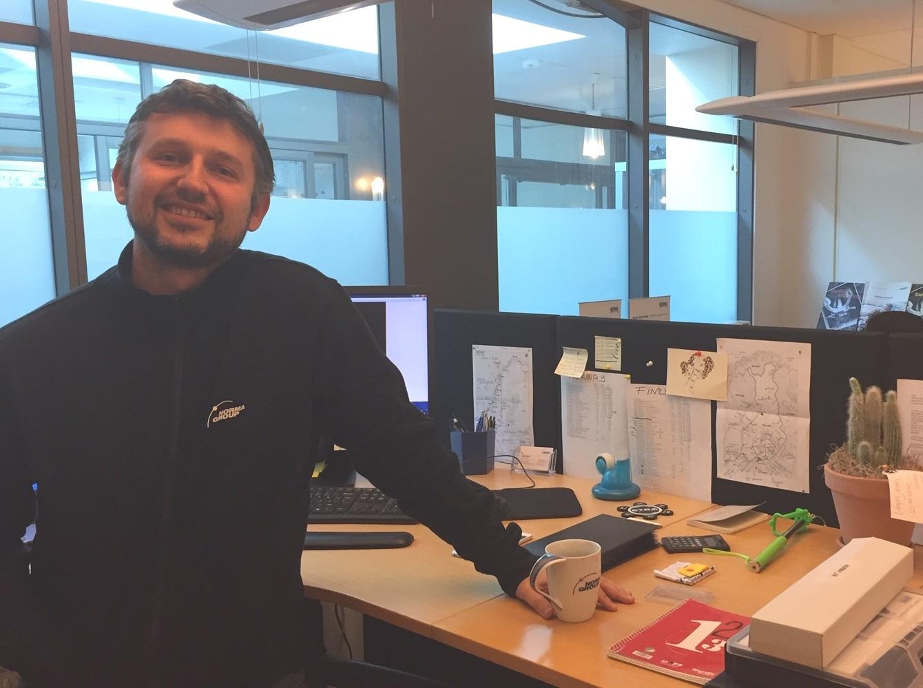 Baran Yücetin at his desk in Anderstorp, Sweden.
