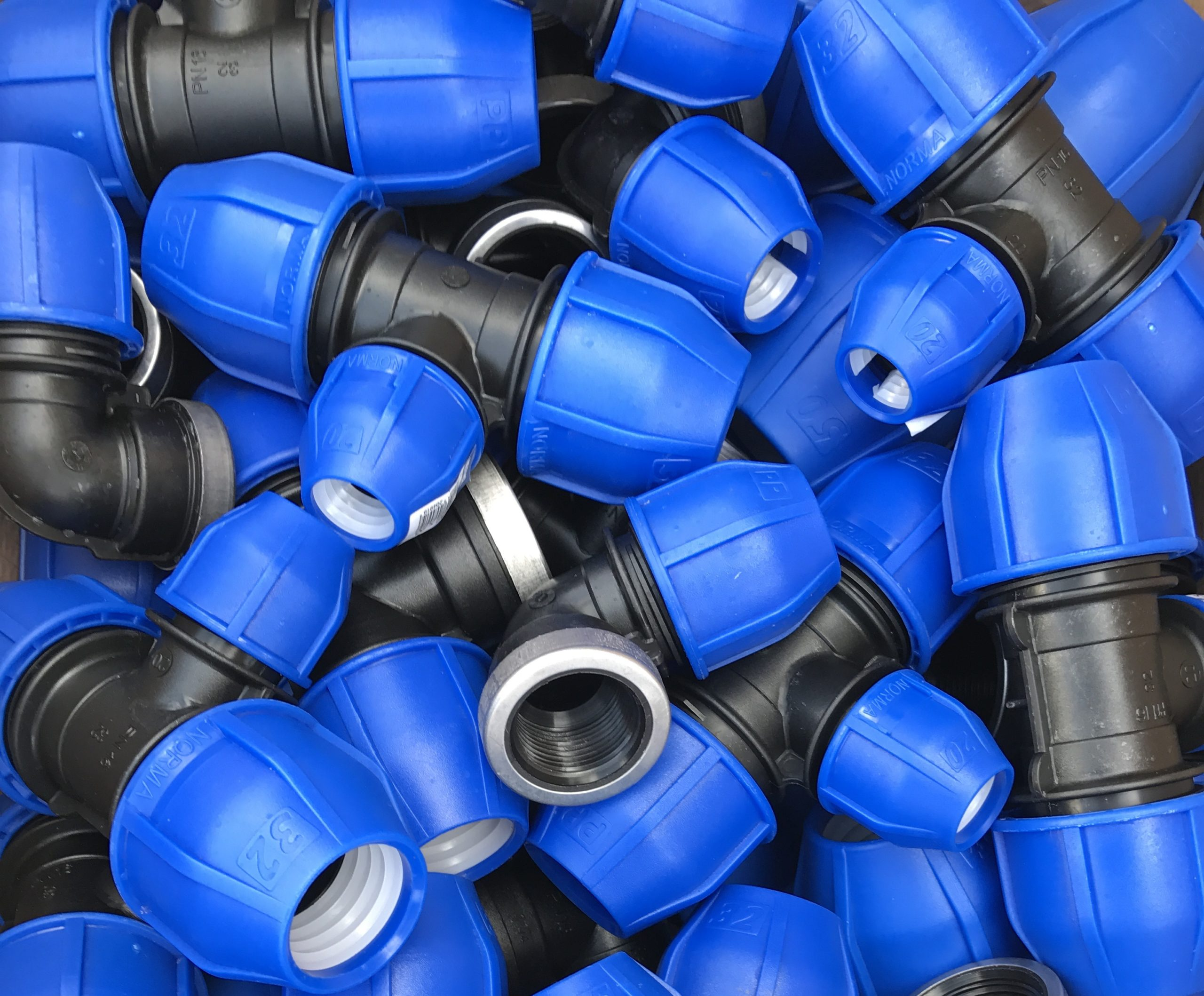 Compression fittings are often used for the connection of polyethylene tubing of any industrial, commercial or residential needs